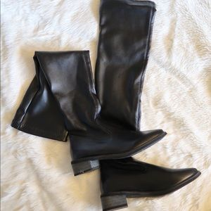 Shoes - FAUX LEATHER POINTY HIGH BOOTS. BLACK. SIZE 6.5